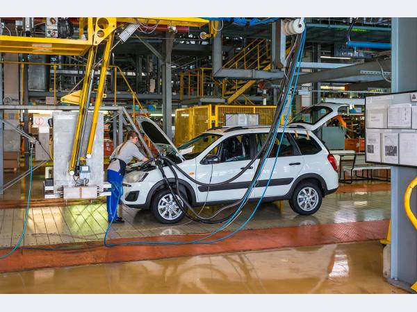 АвтоВАЗ нарастит производство почти до 421 тыс. автомобилей